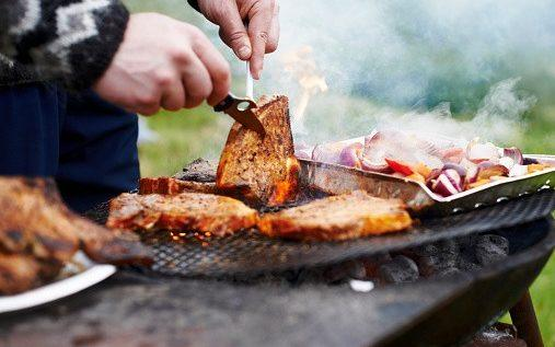 Scots are looking forward to being allowed to attend barbecues in others' gardens from this weekend - Portra/Portra Images