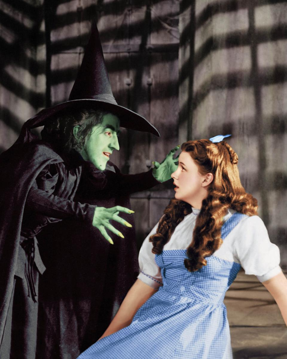"""Judy Garland as Dorothy Gale, with Margaret Hamilton, in """"The Wizard of Oz."""" (Photo: Silver Screen Collection via Getty Images)"""