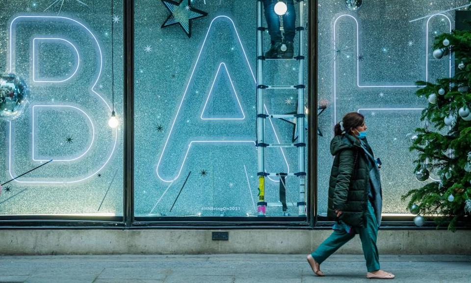 Central London retailers such as Harvey Nichols expect a surge in shopper numbers in the run-up to Christmas.