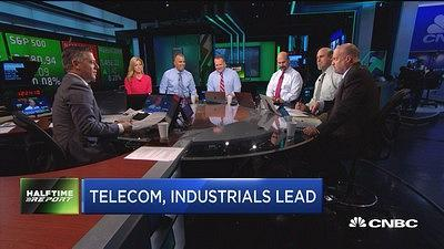 "The ""Fast Money Halftime Report"" traders and CNBC's Jim Cramer discuss the stocks helping markets come off their losses."