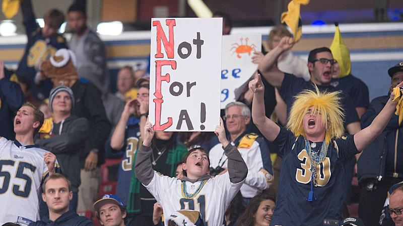 St. Louis wants Rams to pay for dumping it; suit won't accomplish that