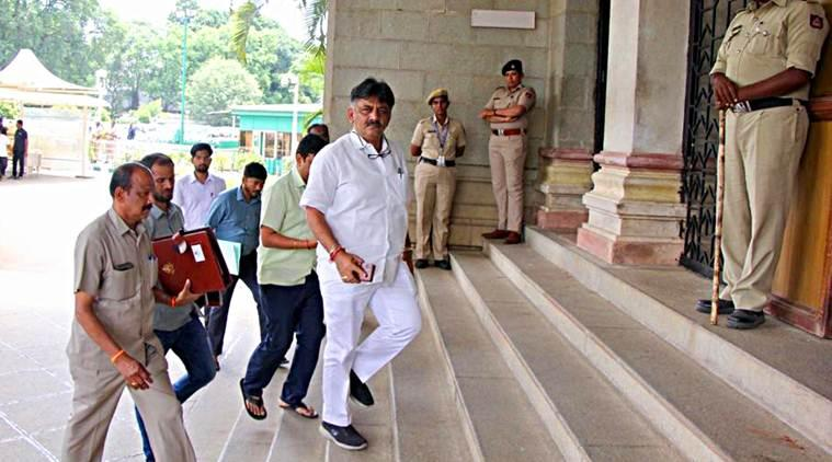 DK SHIVAKUMAR, DK SHIVAKUMAR arrest, ed case shivakumar ed case, shivakumar ed arrest, karnataka congress leader arrest, shivakumar it raids, indian express