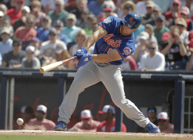 New York Mets' Tim Tebow (15) bats in the first inning during an exhibition spring training baseball game against the Washington Nationals, Thursday, March 7, 2019, in West Palm Beach, Fla. (AP Photo/Brynn Anderson)