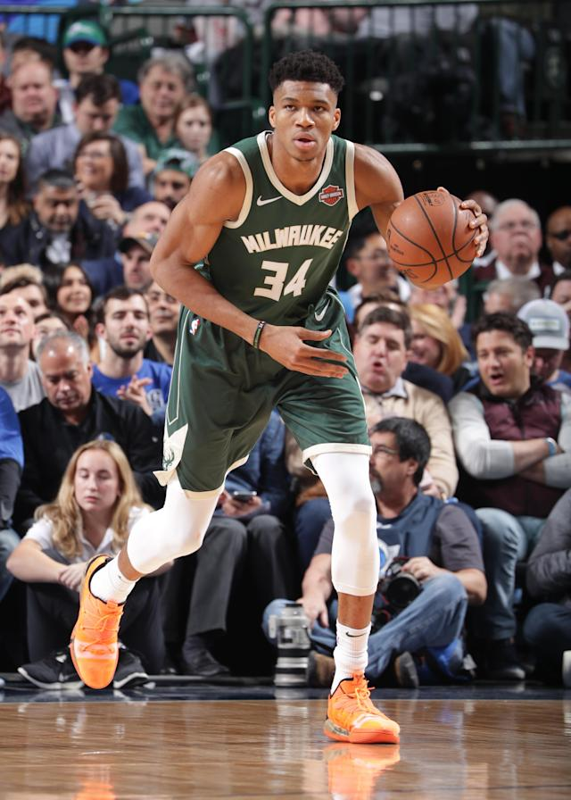 DALLAS, TX - FEBRUARY 8: Giannis Antetokounmpo #34 of the Milwaukee Bucks handles the ball against the Dallas Mavericks on February 8, 2019 at the American Airlines Center in Dallas, Texas. (Photo by Glenn James/NBAE via Getty Images)