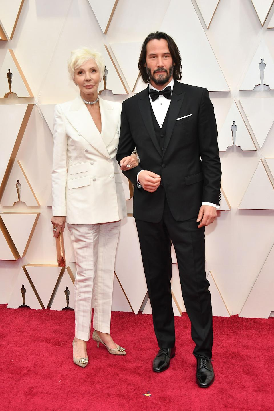 The Canadian actor and Oscars presenter brought a very special date for this year's awards - his mother!