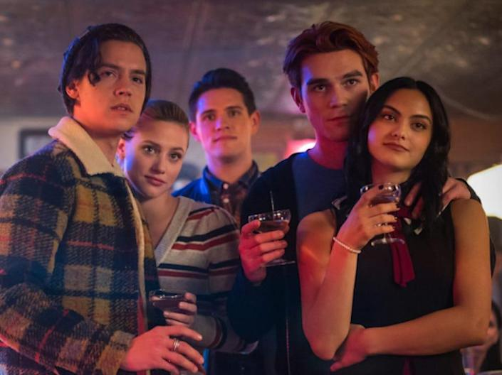 riverdale 419 jughead betty kevin archie veronica at pop's