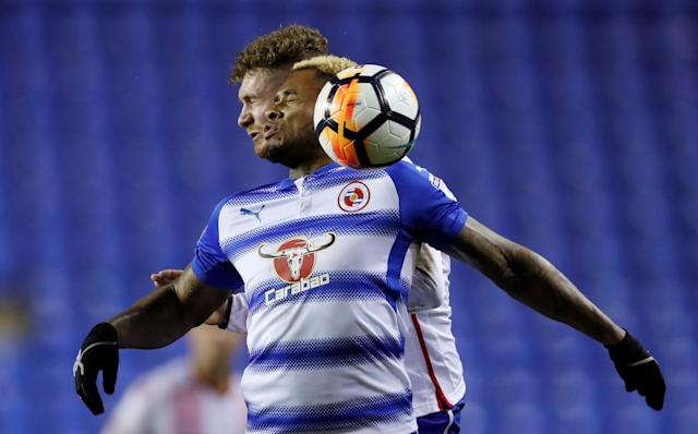 Soccer Football - FA Cup Third Round Replay - Reading vs Stevenage - Madejski Stadium, Reading, Britain - January 16, 2018 Reading's Leandro Bacuna in action with Stevenage's Ben Kennedy Action Images/Andrew Couldridge
