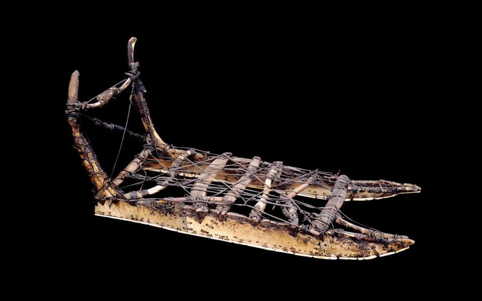 Sledge made of bone, ivory, sealskin and driftwood. Inughuit, Baffin Bay, North Greenland. 1818 - Trustees of the British Museum