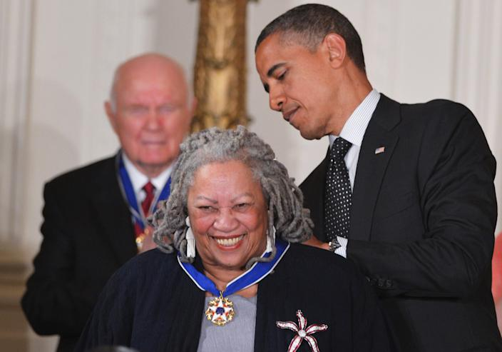 Former US President Barack Obama presents the Presidential Medal of Freedom to author Toni Morrison during a ceremony on May 29, 2012 in the East Room of the White House in Washington. The award is the country's highest civilian honor.