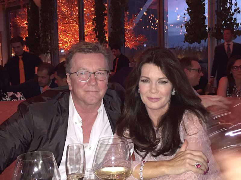 Lisa Vanderpump Thanks Fans for Support After Brother's 'Devastating' Death: 'One Day at a Time'
