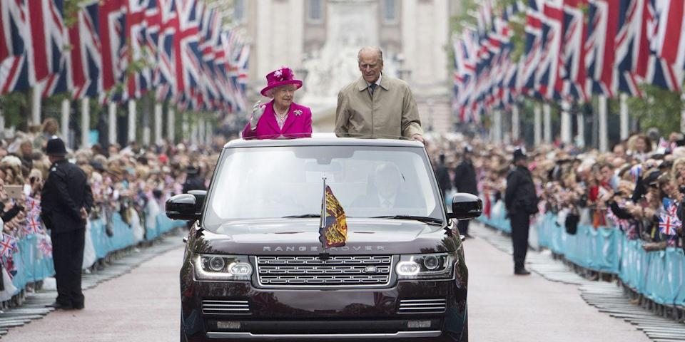 <p>10,000 guests greeted Queen Elizabeth II and Prince Philip in celebration of the queen's 90th birthday and her commitment to more than 600 charities. </p>