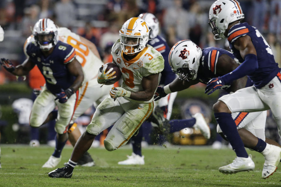 Tennessee running back Eric Gray (3) carries the ball during the second half of the team's NCAA college football game against Auburn on Saturday, Nov. 21, 2020, in Auburn, Ala. (AP Photo/Butch Dill)