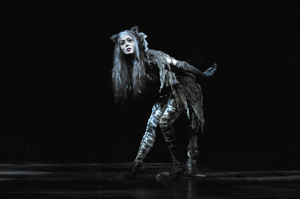 Nicole Scherzinger as Grizabella in Andrew Lloyd Webber's Cats directed by Trevor Nunn at the London Palladium. (Photo by robbie jack/Corbis via Getty Images)