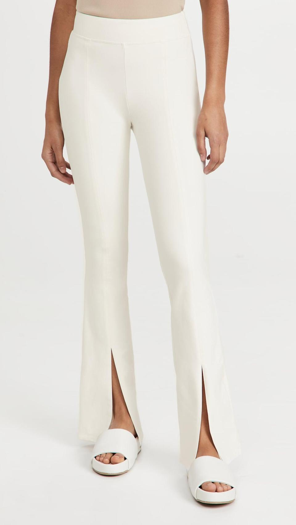 <p>We're into the sporty vibe of these <span>Alo Yoga Airbrush Flutter Leggings</span> ($108). You can dress them both up and down.</p>