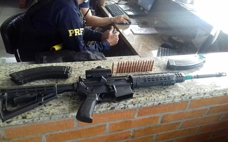 A rifle seized in the city of Sao Miguel do Iguacu - Credit: PRF/PARANÁ HANDOUT