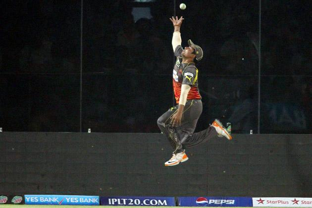 Karan Sharma of Sunrisers Hyderabad fails to prevent the boundary during match 14 of the Pepsi Indian Premier League between The Delhi Daredevils and the Sunrisers Hyderabad held at the Feroz Shah Kotla Stadium, Delhi on the 12th April 2013..Photo by Shaun Roy-IPL-SPORTZPICS ..Use of this image is subject to the terms and conditions as outlined by the BCCI. These terms can be found by following this link:..https://ec.yimg.com/ec?url=http%3a%2f%2fwww.sportzpics.co.za%2fimage%2fI0000SoRagM2cIEc&t=1503067964&sig=Qe361y..sVgPS5it9i4_Lw--~D
