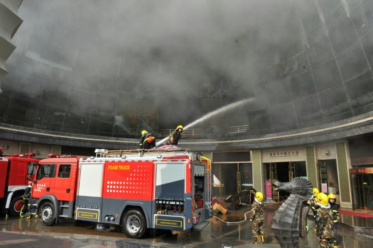 Huge fire in China's luxury hotel, several feared trapped