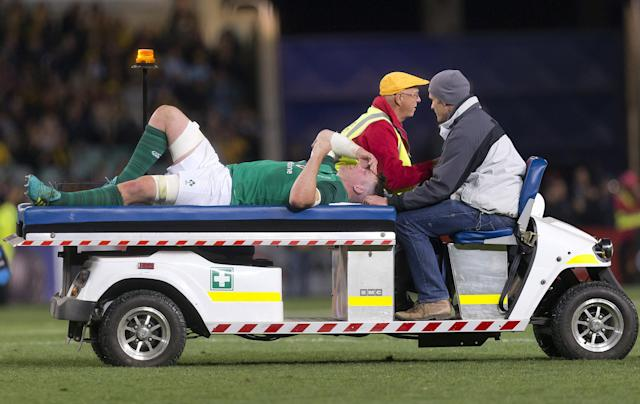 Rugby Union - June Internationals - Australia vs Ireland - Sydney Football Stadium, Sydney, Australia - June 23, 2018 - Peter O'Mahony of Ireland is taken from the field by medical staff. AAP/Craig Golding/via REUTERS ATTENTION EDITORS - THIS IMAGE WAS PROVIDED BY A THIRD PARTY. NO RESALES. NO ARCHIVE. AUSTRALIA OUT. NEW ZEALAND OUT.