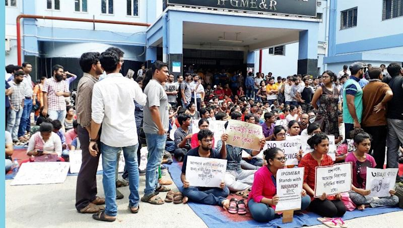 Doctors' Strike: AIIMS, Other Hospitals Join IMA-Called Stir; Health Services Hitin Delhi