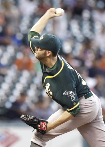 Jesse Hahn delivers a pitch for the Oakland A's during a game against the Houston Astros. (AP)