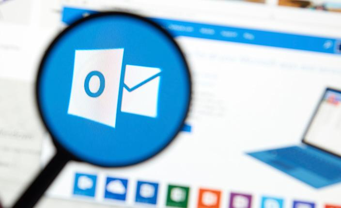 It's easy to send a calendar invite in Outlook to confirm a meeting with your contacts.