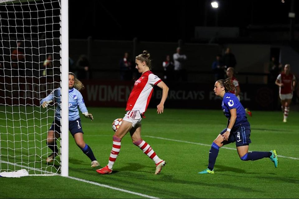 Vivianne Miedema scored from close range (Getty Images)