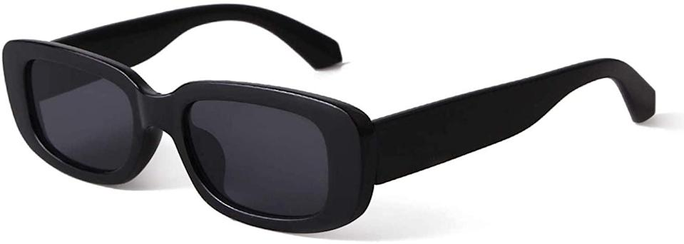 <p>If you want to try the square sunglass trend without spending a small fortune, pick up these <span>Butaby Rectangle Sunglasses</span> ($9) on Amazon.</p>