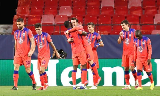 Ben Chilwell, centre, celebrates with team-mates