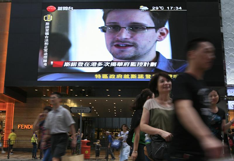 What's in a middle name? For Snowden, a flight out