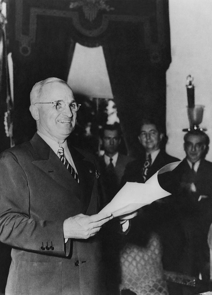 <p>Possibly in honor of President Harry Truman, the name Harold hit No. 5. James, Robert and John are in the top three. As for girls', Linda, Mary and Patricia are the most popular.</p>