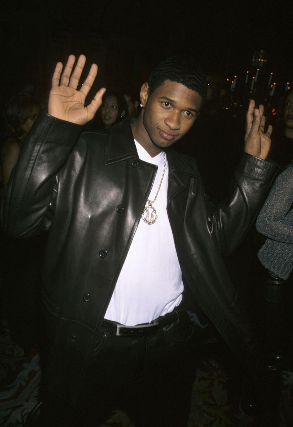 <p>In his heyday, everything about Usher was the definition of sex appeal: his voice, his songs, his abs. <em>Siiiigh</em>. </p>