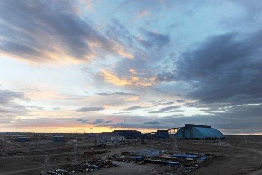 Giant copper mine offers Mongolia a cash bonanza