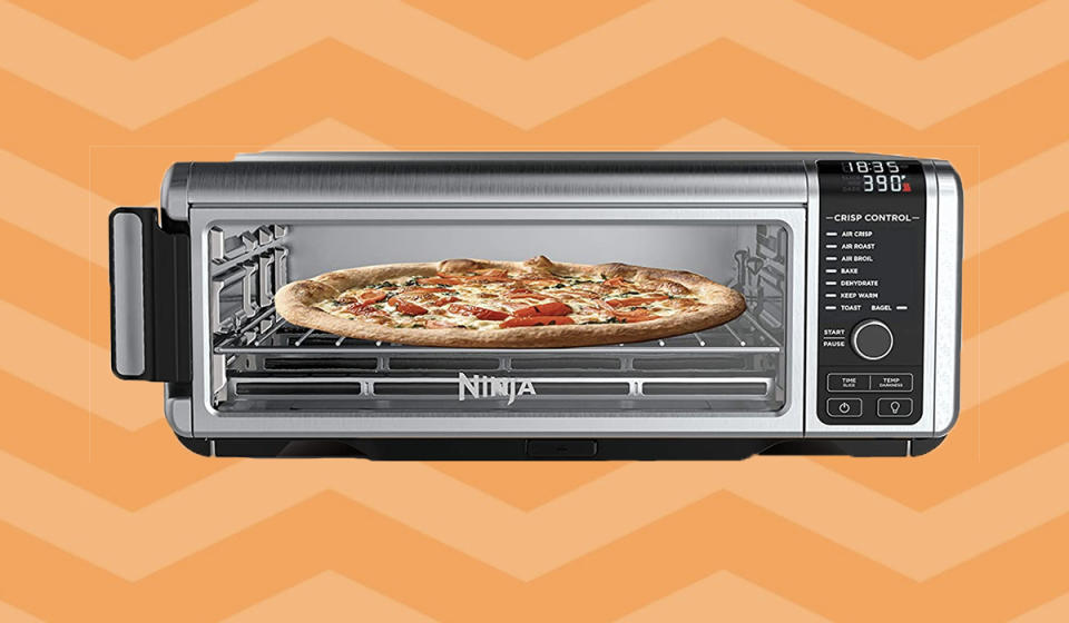 You can even make pizza! (Photo: Amazon)