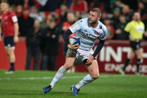 A win for Finn Russell's Racing 92 over Saracens could open the door for his former side Glasgow to reach the last eight