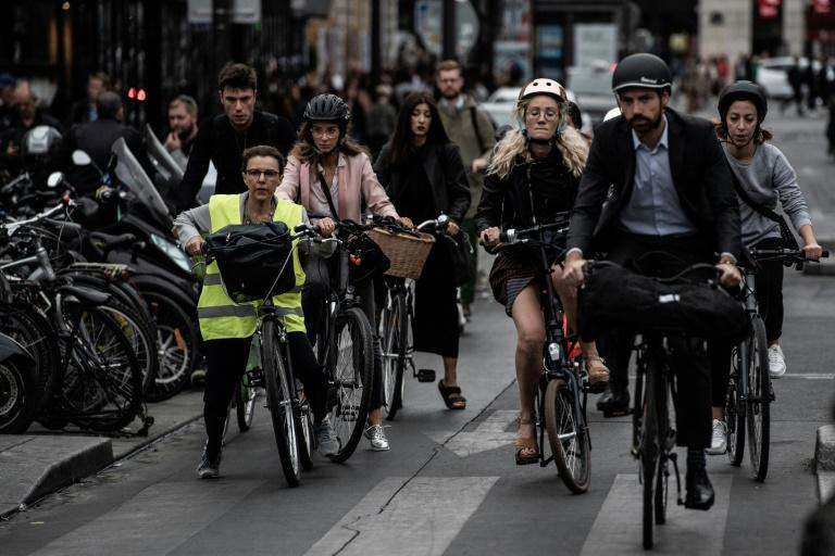 Paris bike lanes were swamped during the Friday metro strike