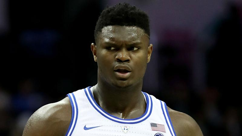 Zion Williamson helps parents-to-be with epic gender reveal