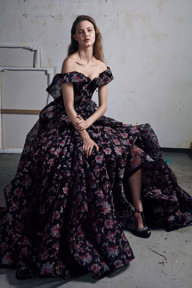 <p>What a gown should look like! </p>