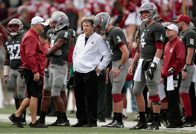 "Mike Leach is in his sixth season at <a href=""https://sports.yahoo.com/ncaaf/teams/wwc"" data-ylk=""slk:Washington State"" class=""link rapid-noclick-resp"">Washington State</a>. (Photo by William Mancebo/Getty Images)"