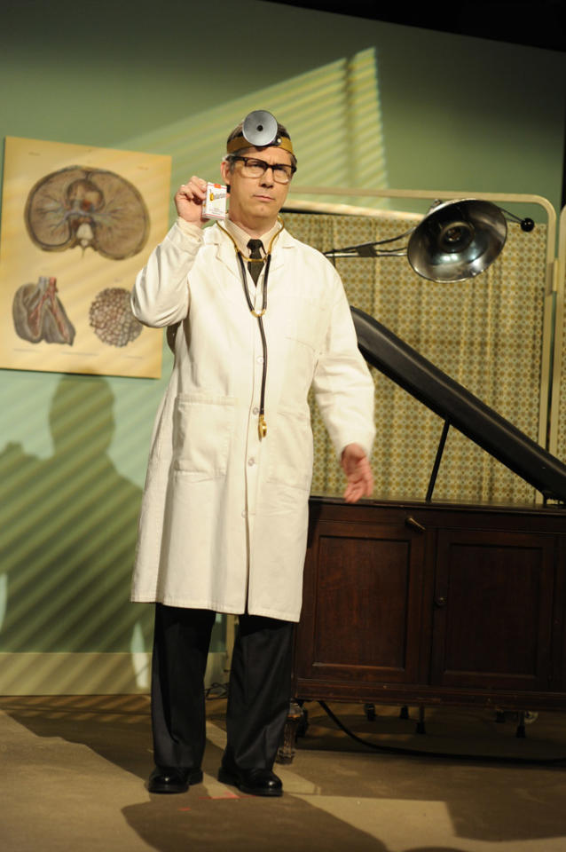 "Chris Parnell as Dr. Spacemann in the ""Live from Studio 6H"" episode of ""<a href=""http://tv.yahoo.com/30-rock/show/37064"">30 Rock</a>."""
