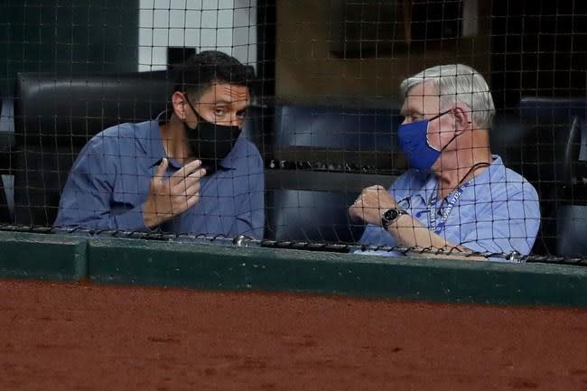 Rangers owner hoped for Series in new park -- with his team