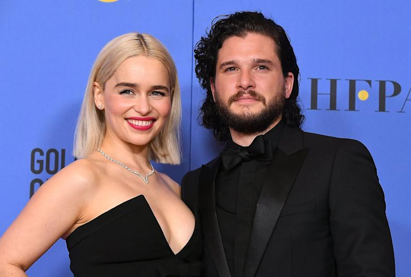 BEVERLY HILLS, CA - JANUARY 07: Emilia Clarke, Kit Harington poses at the 75th Annual Golden Globe Awards at The Beverly Hilton Hotel on January 7, 2018 in Beverly Hills, California. (Photo by Steve Granitz/WireImage)