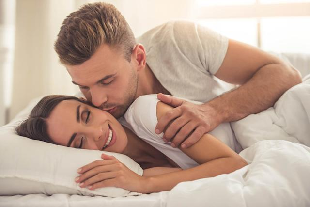 having-sex-once-will-keep-you-happy-this-long-according-to-science-499192591-VGstockstudio