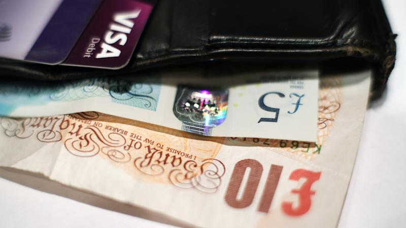 One in 10 people 'have been refused by shops when trying to pay in cash'