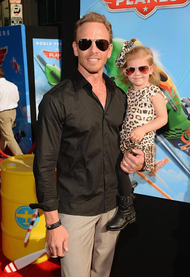 """HOLLYWOOD, CA - AUGUST 05: Actor Ian Ziering and daughter attend the premiere of Disney's """"Planes"""" at the El Capitan Theatre on August 5, 2013 in Hollywood, California. (Photo by Mark Davis/Getty Images)"""