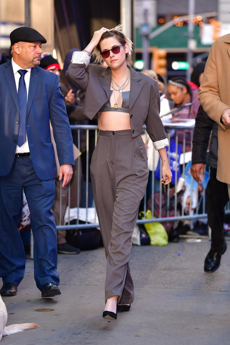 "Kristen Stewart visits ""Good Morning America"" in Times Square on November 6, 2019 in New York City. (Photo by James Devaney/GC Images)"