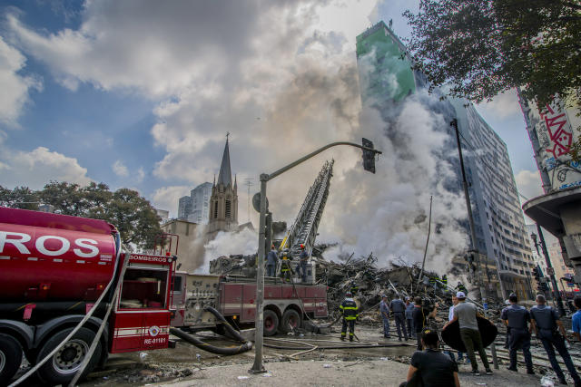 <p>A major fire caused the collapse of a 24-storey building in downtown Sao Paulo, Brazil, on 1st May, 2018. (Photo: Cris Faga/NurPhoto via Getty Images) </p>