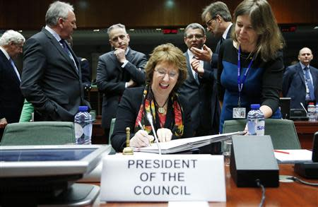 EU foreign policy chief Ashton chairs a EU foreign ministers meeting in Brussels