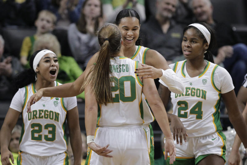 (From left) Oregon's Minyon Moore, Sabrina Ionescu, Satou Sabally and Ruthy Hebard could all be drafted Friday night. (AP Photo/Chris Pietsch)