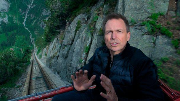 PHOTO: This image released by CBS shows host Phil Keoghan in a scene from last season's competition series 'The Amazing Race.' (CBS via AP)