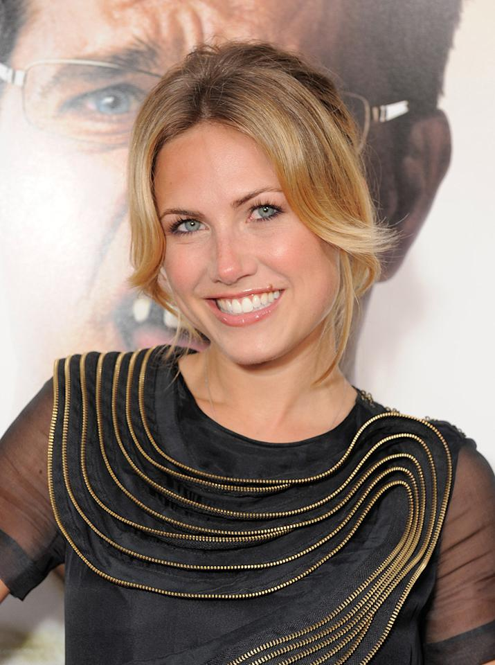 """<a href=""""http://movies.yahoo.com/movie/contributor/1809762760"""">Vail Bloom</a> at the Los Angeles premiere of <a href=""""http://movies.yahoo.com/movie/1810044687/info"""">The Hangover</a> - 06/02/2009"""